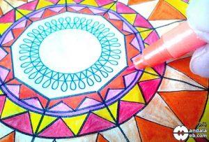 cómo colorear mandalas con rotuladores
