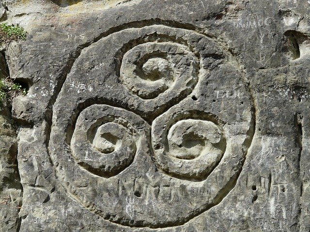 mandala celta en piedra