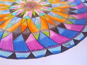 mandala coloreado a lápiz