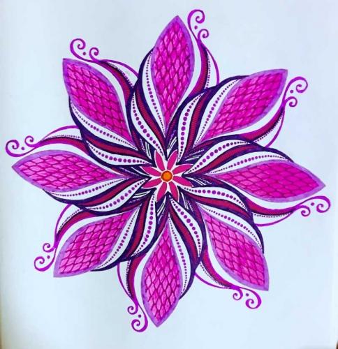 mandalas coloreados de flor en lila y rosa