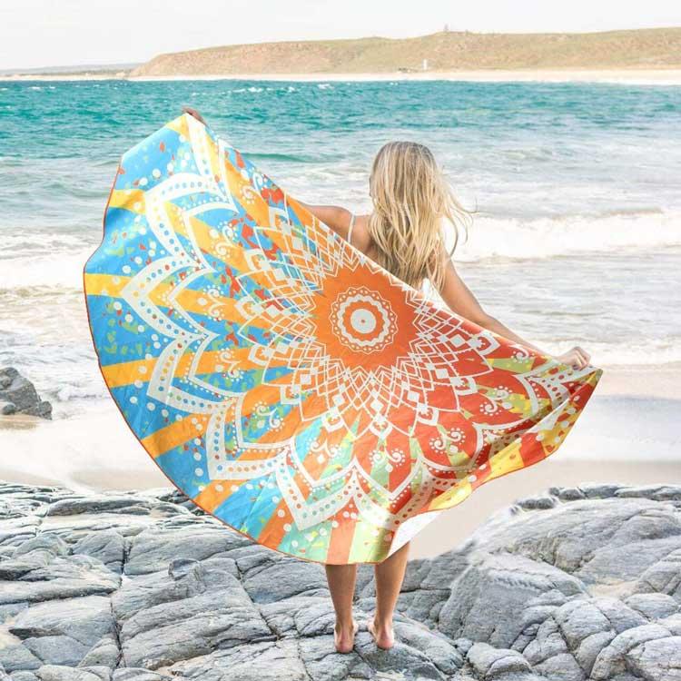 Diseño de toalla mandala ligero y suave