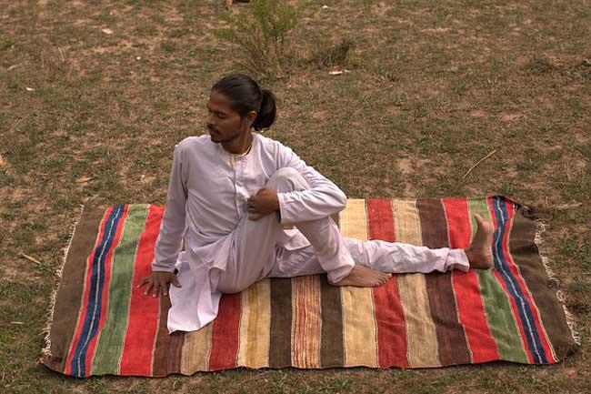 Práctica ancestral de yoga